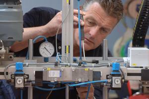 RH Plastics : Technical - Services Industry